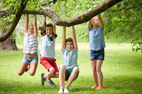 bigstock-friendship-childhood-leisure-155037977_600x